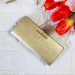 NWT MICHAEL KORS SLIM BIFOLD LEATHER WALLET GOLD